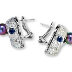 EAR811WG Pearls of Persephone Skull Earrings in Black Pearl, designed by Steve Soffa