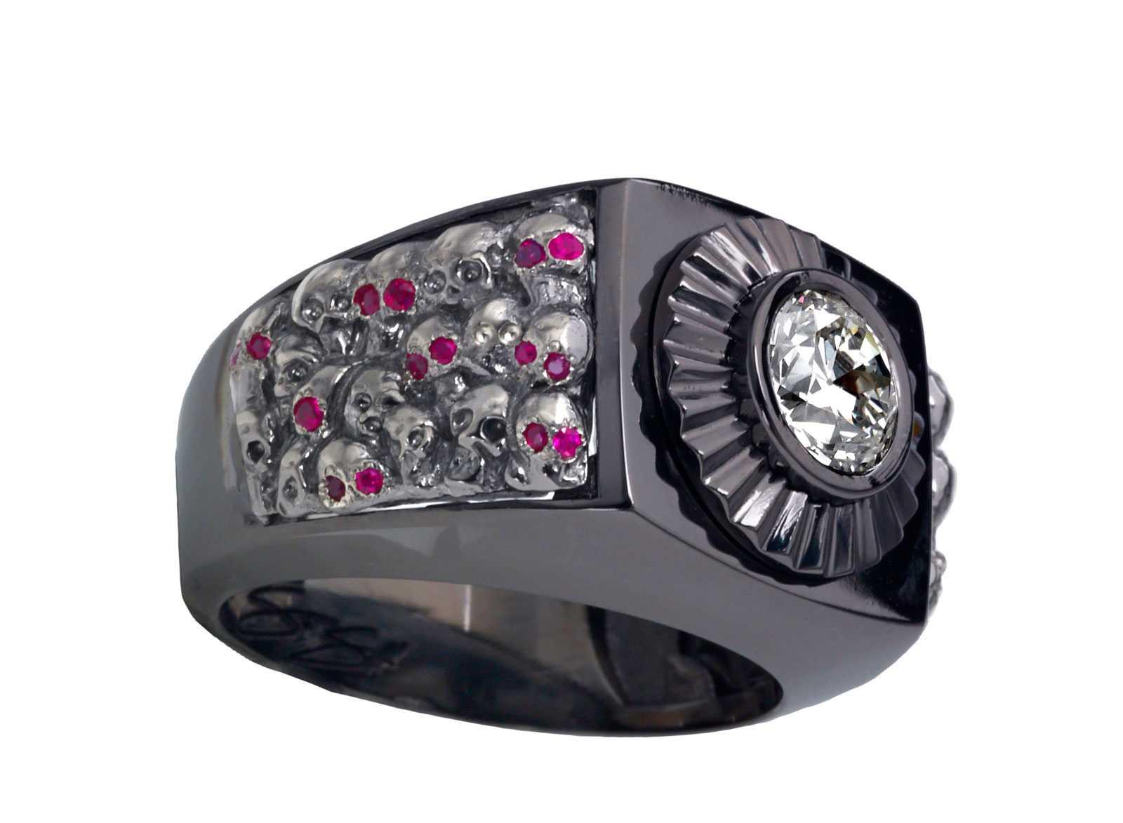 """""""Lost Skulls"""" Custom Ring :: (CR9200LS)"""