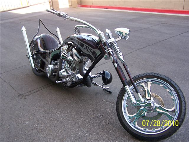 Suicide King Bike - Angle Views 01 100_3114